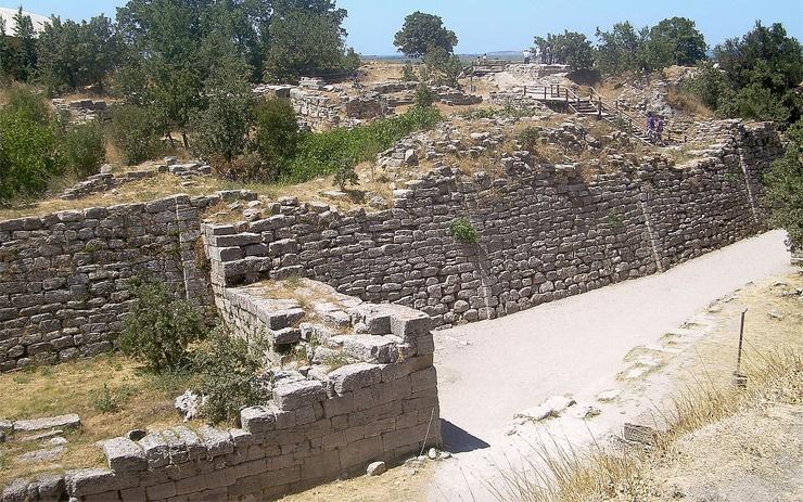 Stadtmauern von Troja