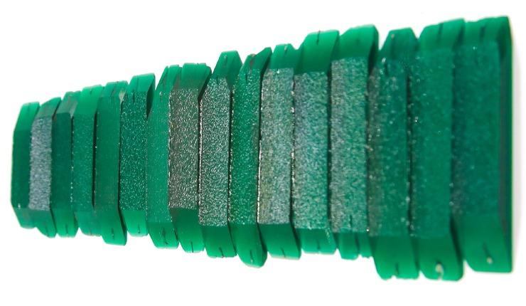 Künstlich hergestellter Smaragd